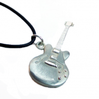 Gibson Les Paul Silver Guitar Pendant